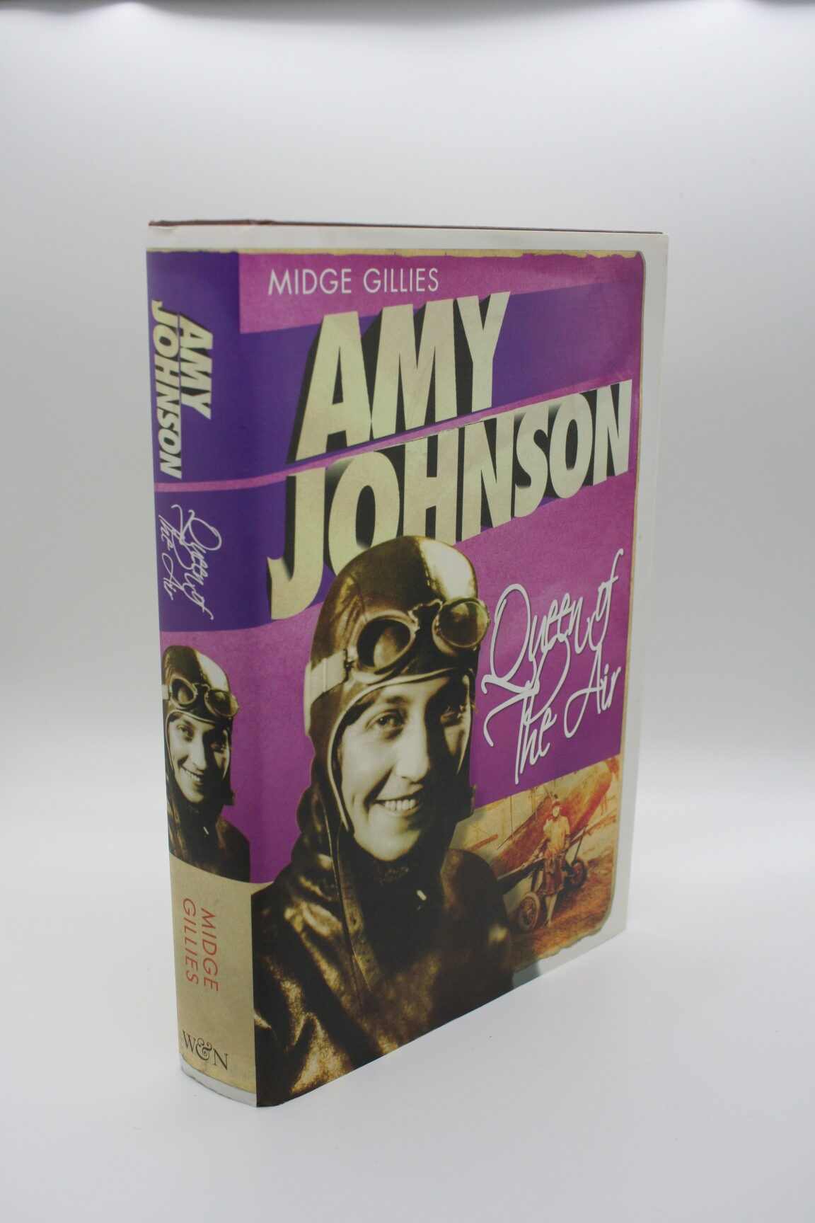 Amy Johnson: Queen of the Air - Midge Gilles